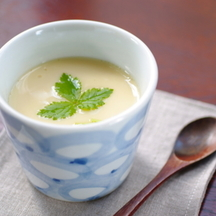 Photo chawanmushi steamed savoury egg custard