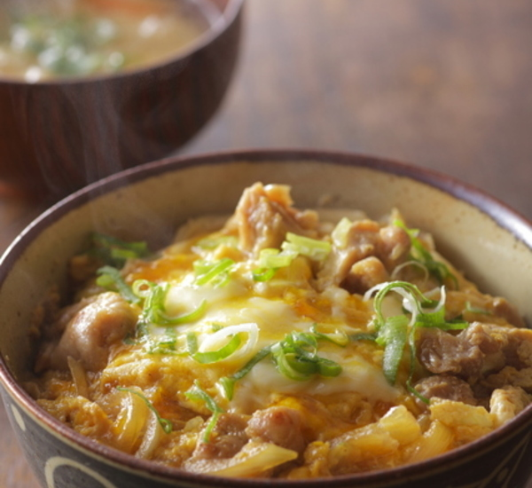 Oyakodon Chicken And Egg Rice Bowl